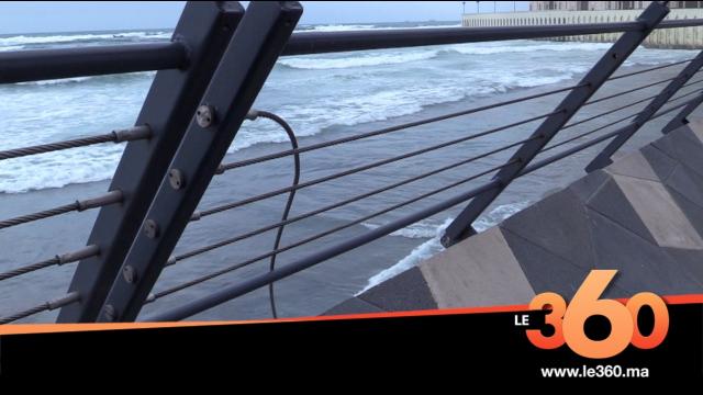 Cover la promenade de la mosquée Hassan II