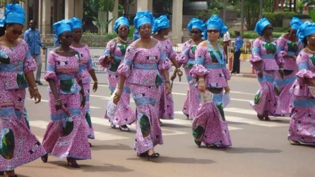 Pagne du 8 mars au Cameroun