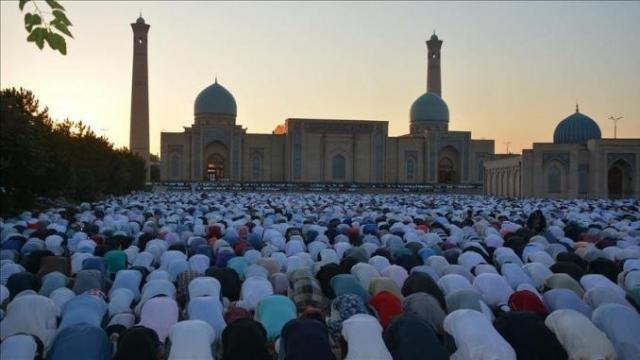 prière collective de l'Aid