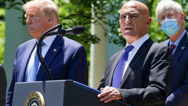 Moncef Slaoui et Donald Trump