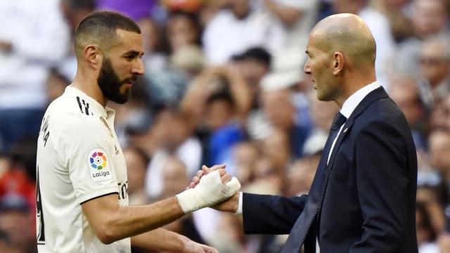 Karim Benzema (à gauche) et Zinédine Zidane.
