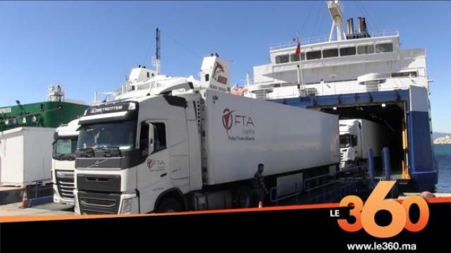 Navire transportant des camions à Tanger Med