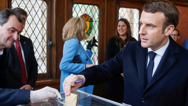 Emmanuel Macron Municipales France