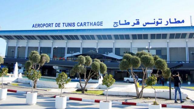 Covid-19: le tiers des Tunisiens rapatriés d'Algérie infectés