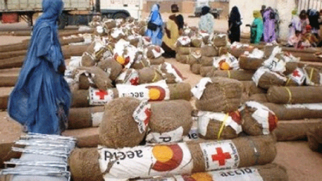 Aides à Tindouf