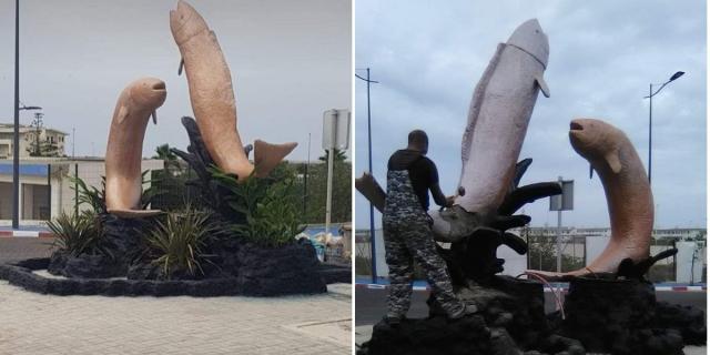 La démolition de la sculpture à coups de marteau