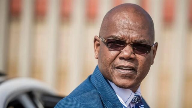 Afrique du Sud: un chef se sert des services d'espionnage pour traquer son rival amoureux