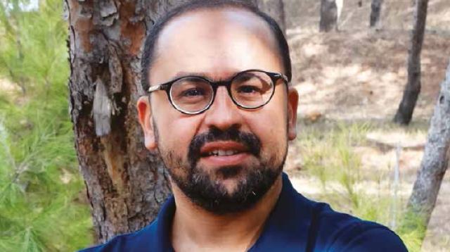 Yasser Y. Tamsamani, économiste