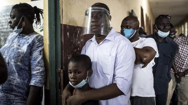 Guinée: le vote a débuté pour l'élection présidentielle