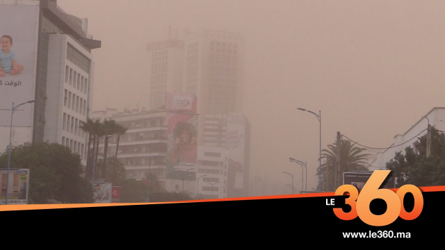 Cover_Vidéo: الدار البيضاء تغرق وسط غبار كثيف