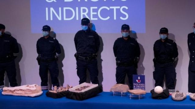 La France remet des objets archéologiques au Maroc