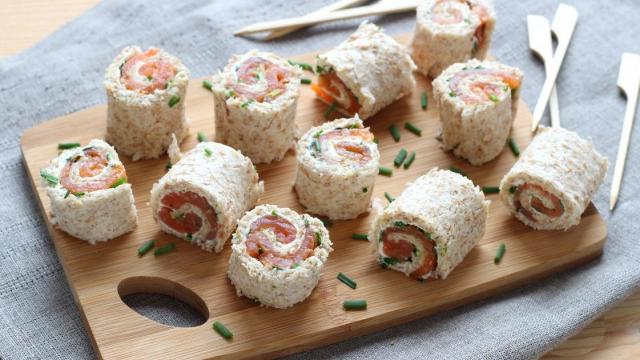 Les mini-roulés au saumon ou au jambon.