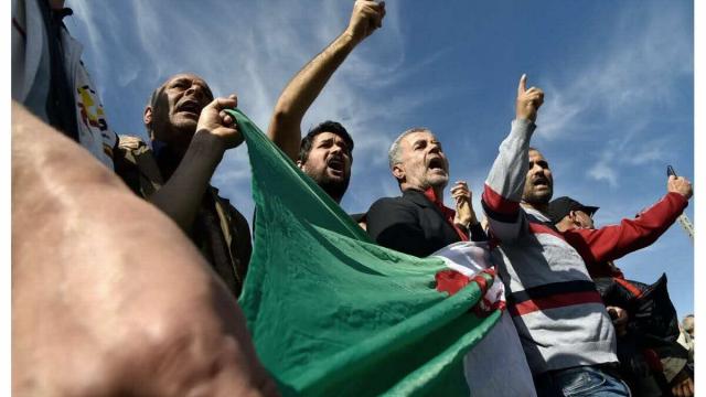 Vidéo. Algérie. 2 ans du Hirak: le régime fait quadriller la capitale par un imposant dispositif policier