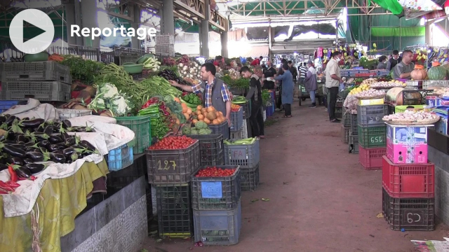 cover vidéo :Le360.ma •شاهد أجواء رمضان بسوق الأحد بأكادير