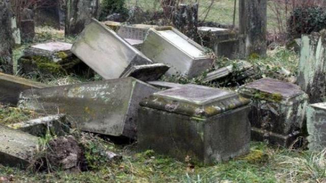 Profanation cimetière