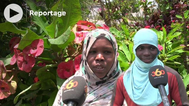 """Vidéo. Au cœur du poumon vert de Nouakchott, chez les """"fleuristes"""""""