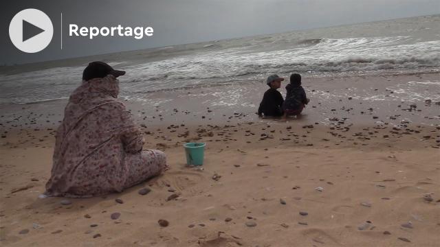 Cover_Vidéo: هكذا يمضي سكان عاصمة الصحراء المغربية يومهم الرمضاني