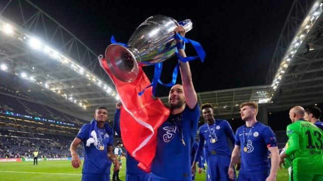 Hakim Ziyech remporte la Ligue des Champions 2020-2021.