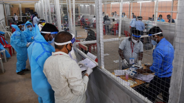 Inde - Coronavirus - Elections - Vote