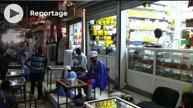 """Mauritanie: """"Noukdha Sakhina"""", dans l'antre du business du téléphone cellulaire"""