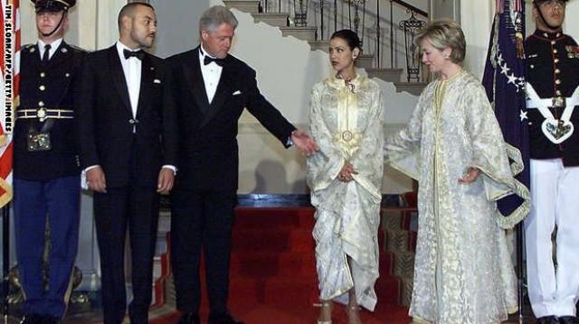 Hillary Clinton en Caftan