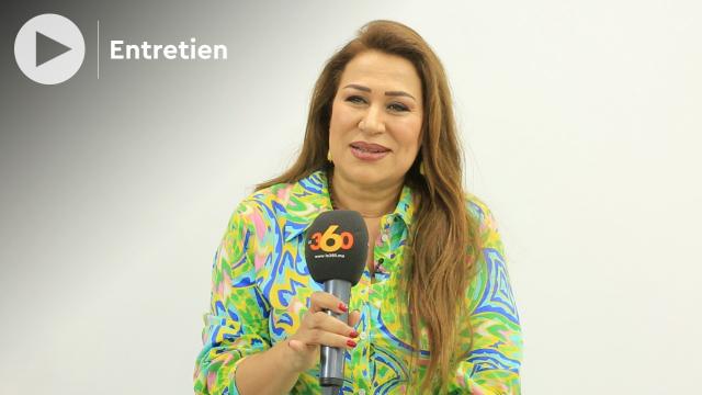 Cover Vidéo -  بعد نجاحها في الباك نزهة الشعباوي تحكي عن موقف لها مع الحسن الثاني