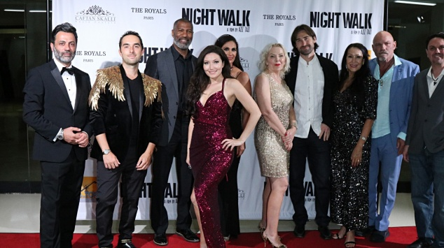 Tapsi rouge avant-première de Night Walk à Los Angeles.
