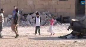 Enfant syrien super-héros