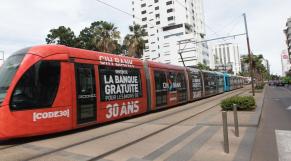tramway a Casablanca  et la Pub  CIH