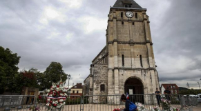eglise prêtre assassiné