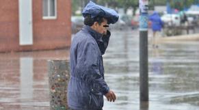 Diapo photos  sur comment les marocaines se cacherde la pluie