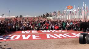 Cover Video - Le360.ma •COP22: photo de famille des ONG du Monde
