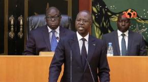 """Vidéo. Sénégal: l'opposition accuse Macky Sall de """"tuer la démocratie"""""""