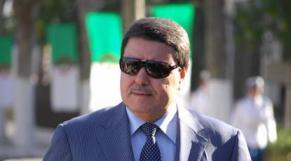 Algérie: fils de généraux, obscurs galons d'entrepreneurs