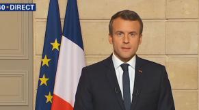 Emmanuel Macron réagit