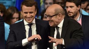 Macron Le Drian