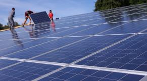 Panneaux solaires vol
