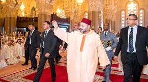 Le roi mohammed VI prière mosquée hassan II