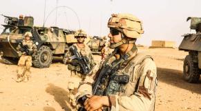 Mali-Algérie: l'armée française débusque les terroristes jusqu'à la frontière algérienne