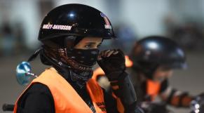 Femmes saoudiennes-moto-2