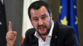 """Haraga: Matteo Savini: """"pourquoi tous ces Algériens fuient leur pays?"""""""