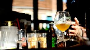 Maghreb: Qui du Maroc, de la Tunisie ou de l'Algérie consomme le plus d'alcool?