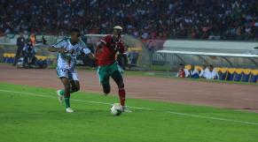 Hamza Mendyl vs Comores
