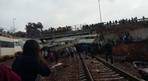 train déraillé bouknadelm