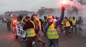 Gilets jaunes à Paris2
