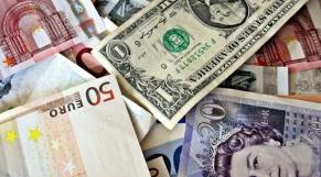 Devises, euros, dollars