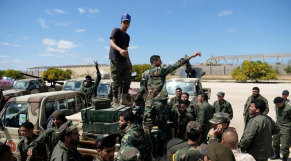 L'armée nationale libyenne, en route pour Tripoli, dimanche 7 avril 2019