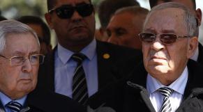 Algérie: Gaïd Salah et Bensalah en passe de reporter la présidentielle
