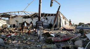 Bombardement d'un camp de migrants en Libye