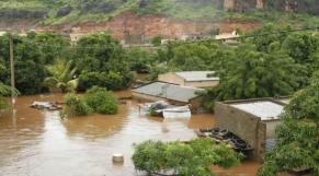 pluies diluviennes et inondations